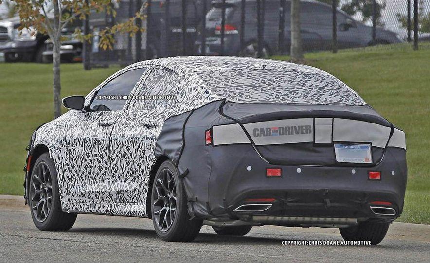 2015 Chrysler 200 (spy photo) - Slide 10