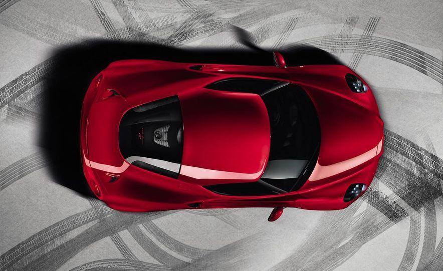 2015 Alfa Romeo Spider (spy photo) - Slide 7