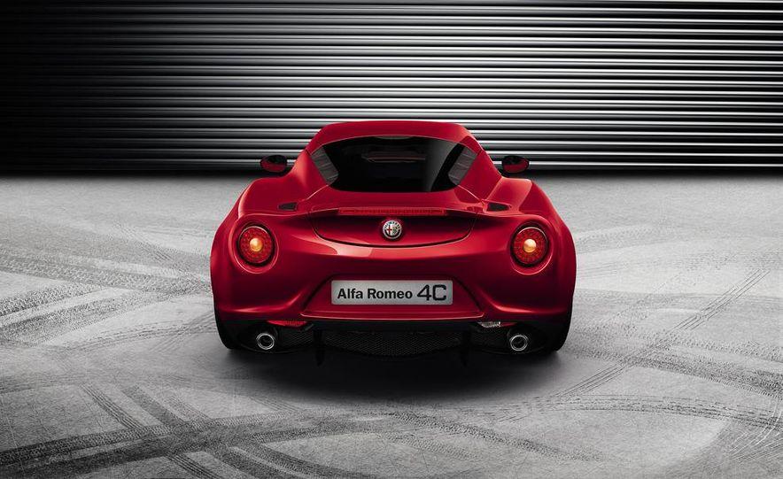 2015 Alfa Romeo Spider (spy photo) - Slide 11