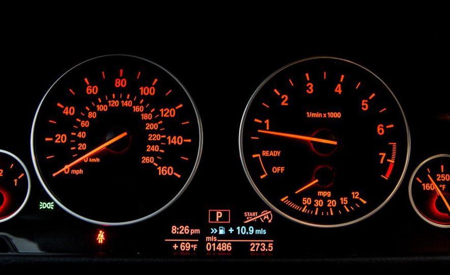 2013 BMW 320i - Slide 29