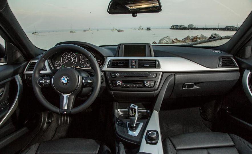 2013 BMW 320i - Slide 20