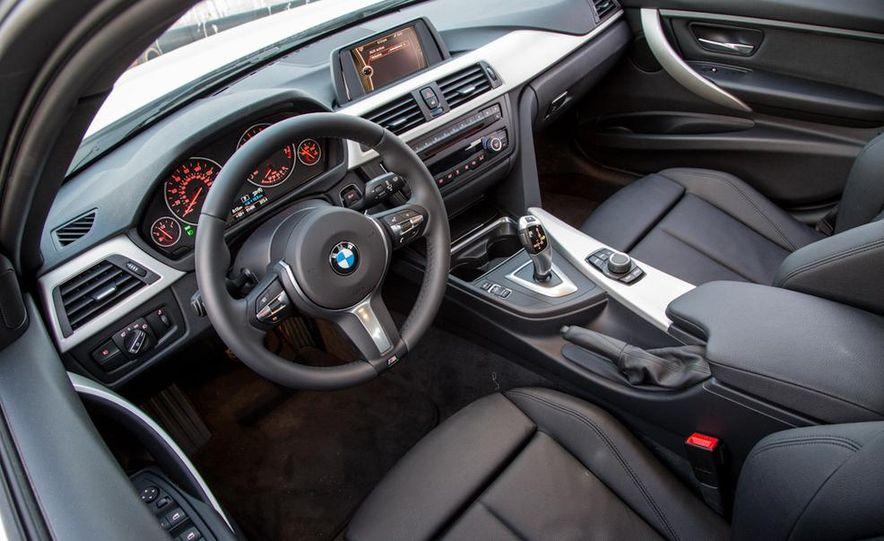 2013 BMW 320i - Slide 21