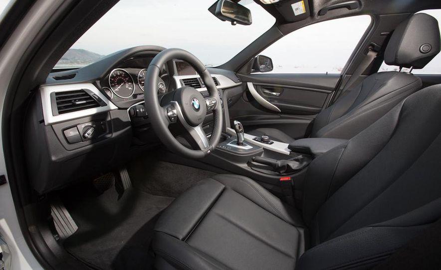 2013 BMW 320i - Slide 22