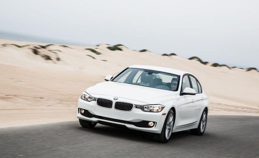 2013 BMW 320i - Slide 1