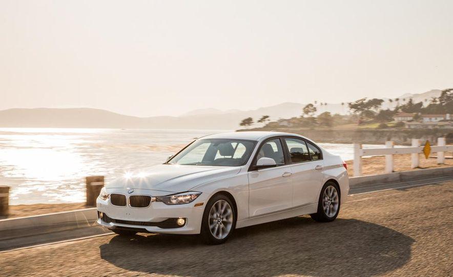2013 BMW 320i - Slide 6
