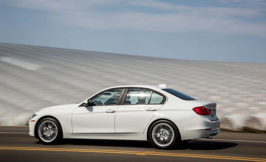 2013 BMW 320i - Slide 7