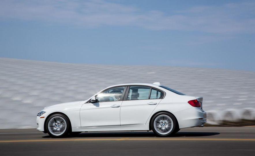 2013 BMW 320i - Slide 8