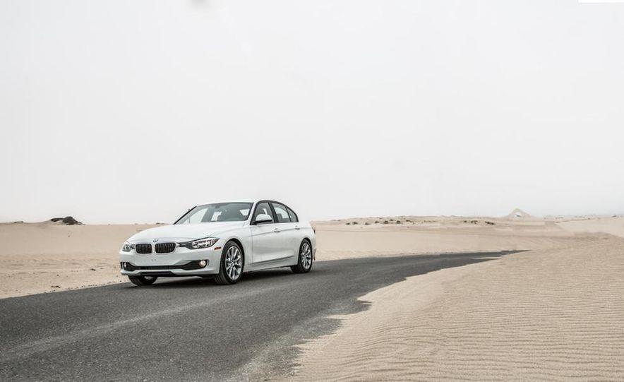 2013 BMW 320i - Slide 10