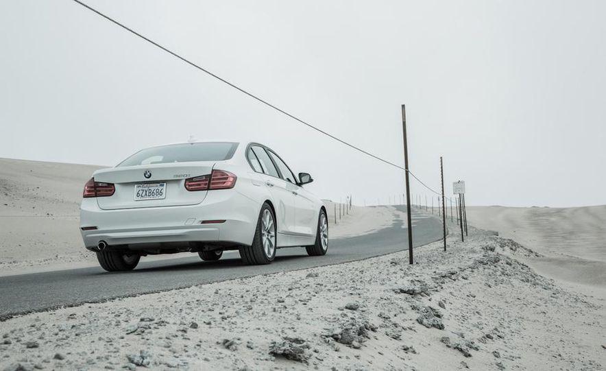 2013 BMW 320i - Slide 14