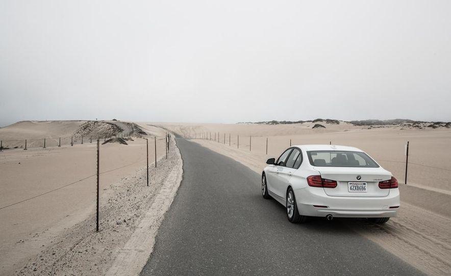 2013 BMW 320i - Slide 15