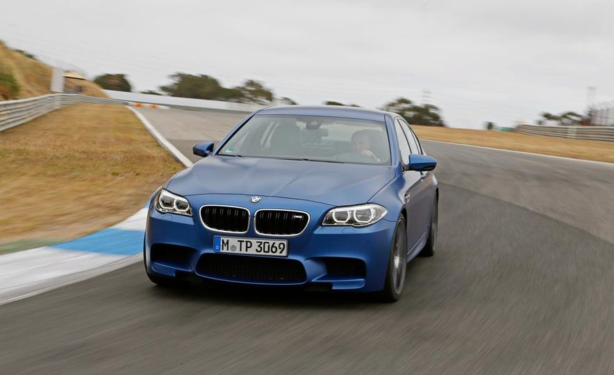 2014 BMW M5 with Competition Package - Slide 4
