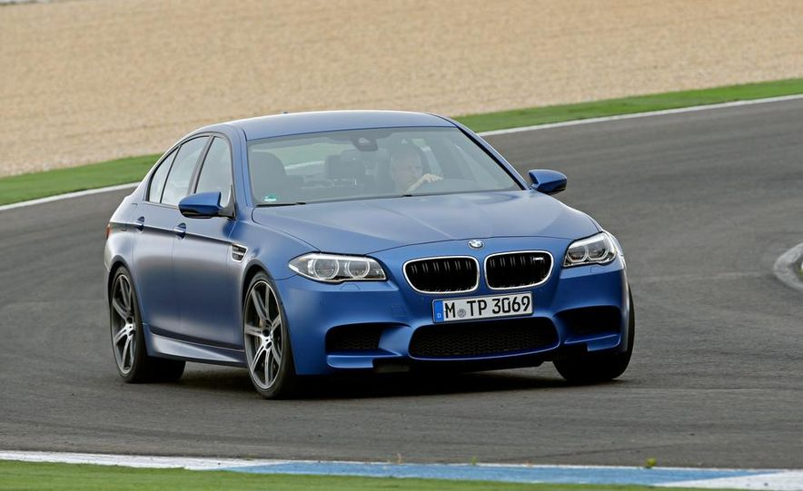 2014 BMW M5 with Competition Package - Slide 13