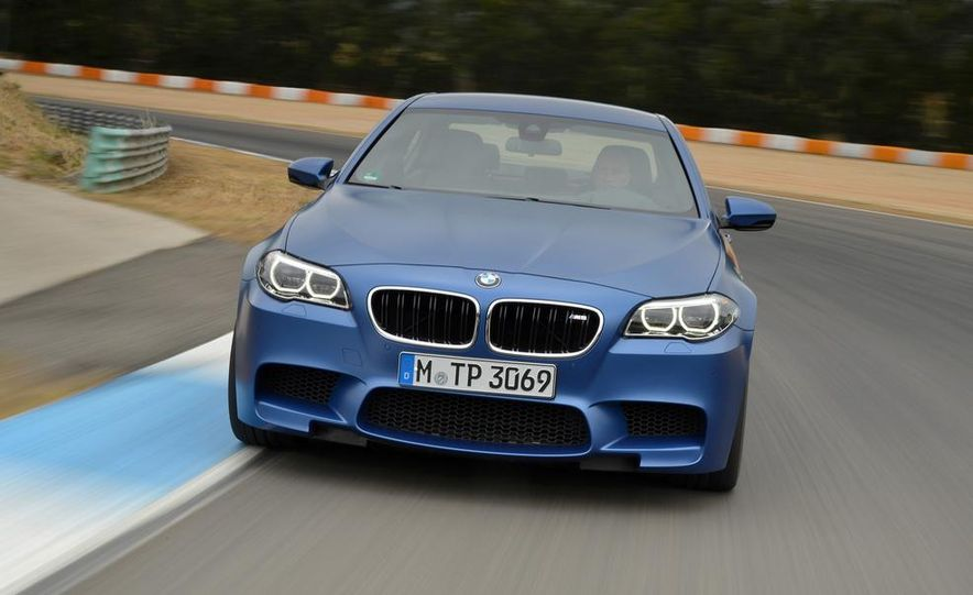 2014 BMW M5 with Competition Package - Slide 14