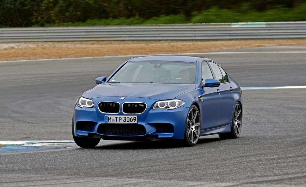 BMW M5 Reviews  BMW M5 Price Photos and Specs  Car and Driver