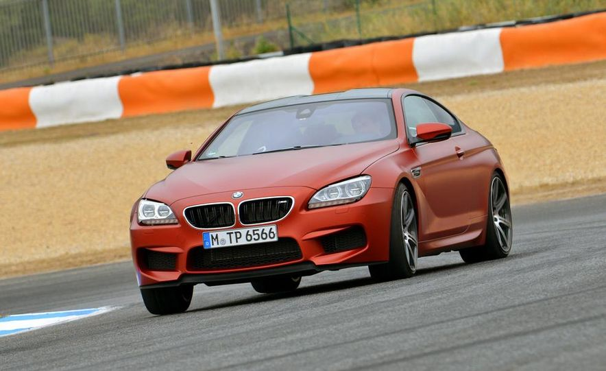 2014 BMW M5 with Competition Package - Slide 42