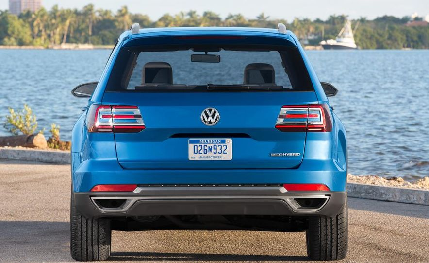 Volkswagen CrossBlue concept - Slide 37