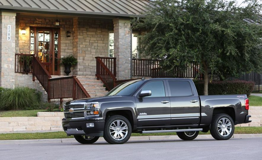 2014 Chevrolet Silverado High Country - Slide 7