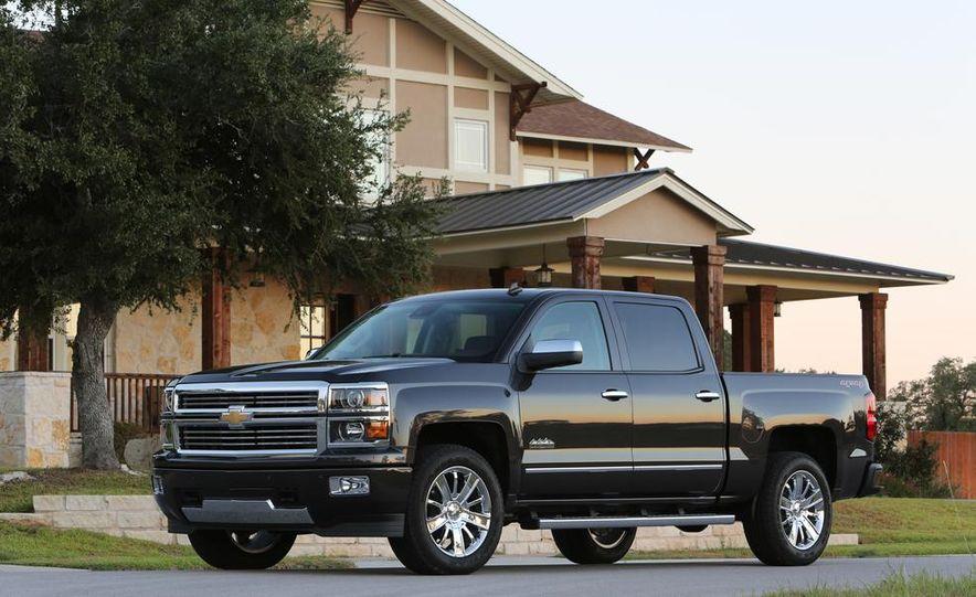 2014 Chevrolet Silverado High Country - Slide 8