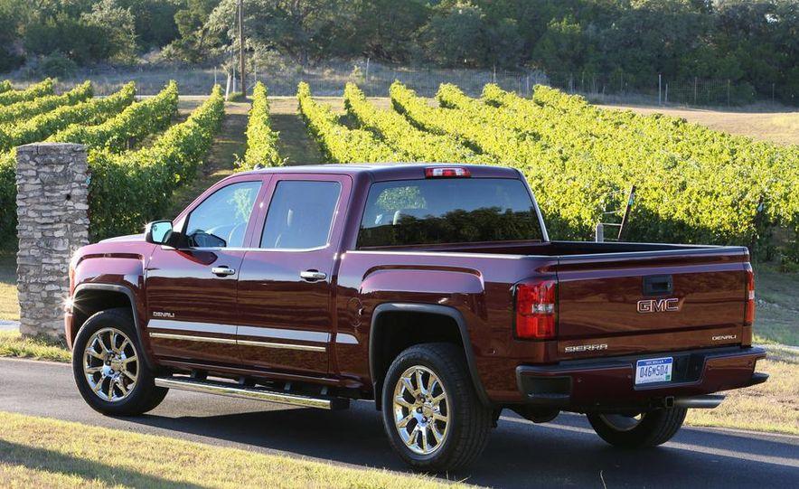 2014 Chevrolet Silverado High Country - Slide 27