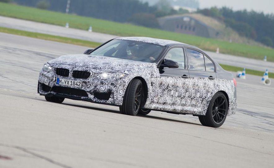 2015 BMW M4 coupes and M3 sedan - Slide 6