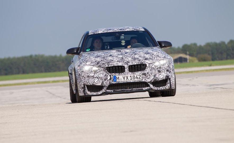 2015 BMW M4 coupes and M3 sedan - Slide 7