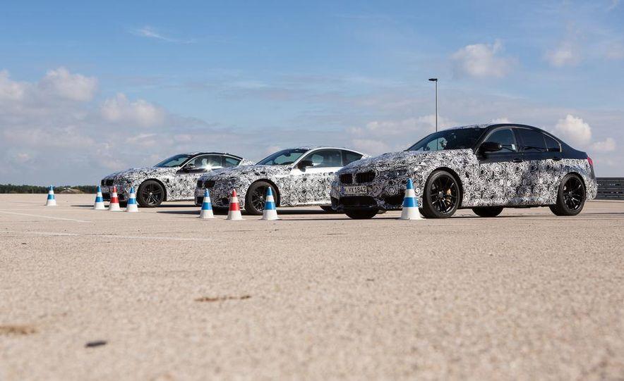 2015 BMW M4 coupes and M3 sedan - Slide 2