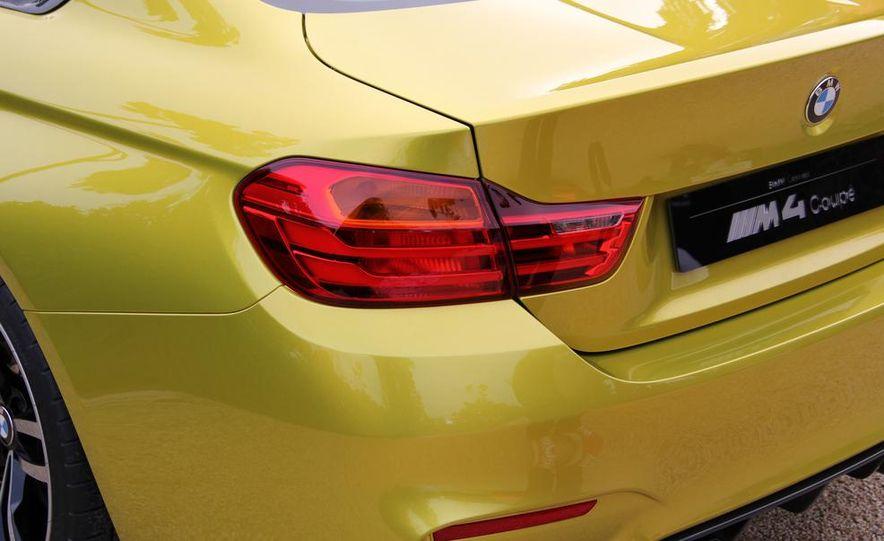 2015 BMW M4 coupes and M3 sedan - Slide 40