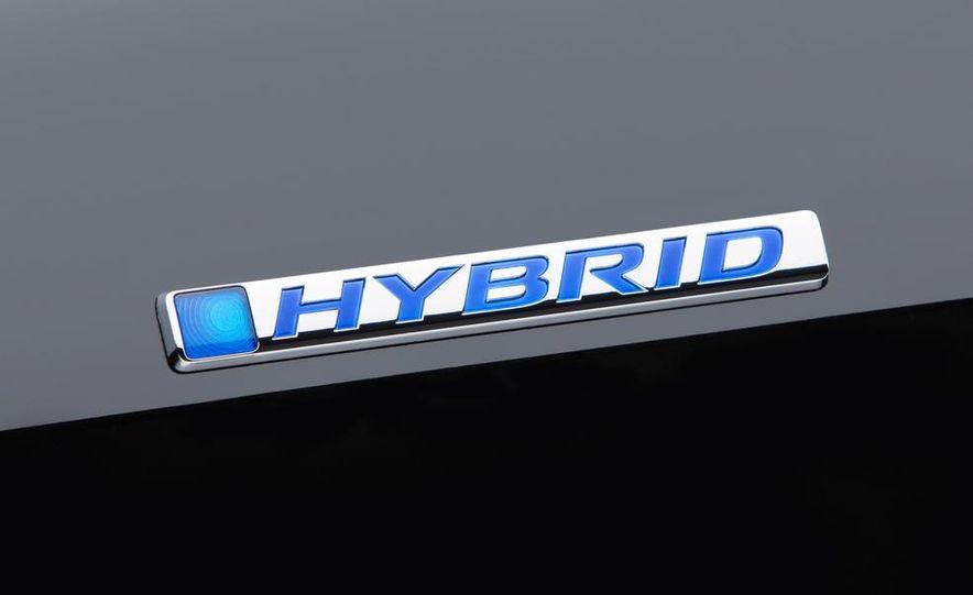 2014 Honda Accord Hybrid - Slide 3