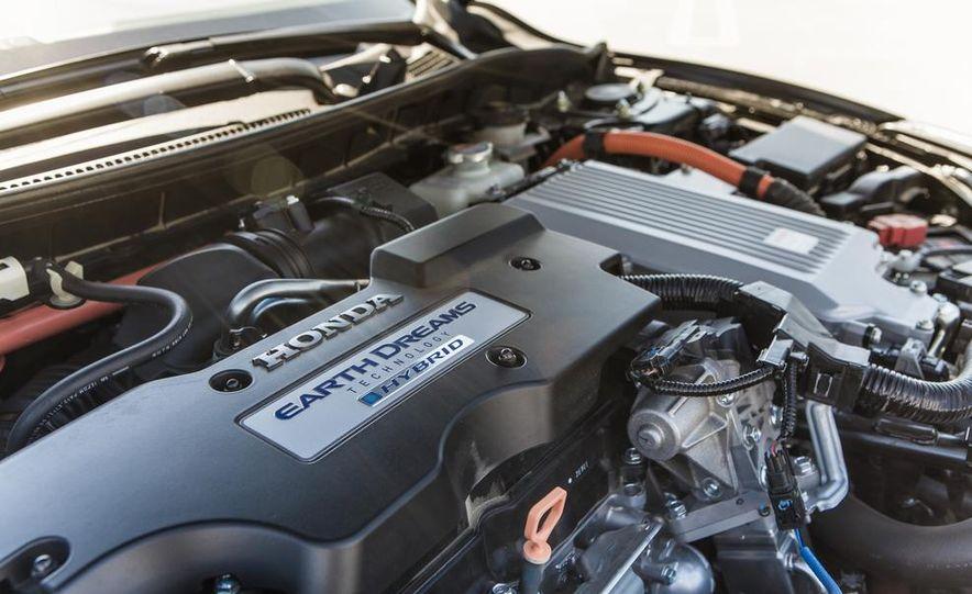 2014 Honda Accord Hybrid - Slide 38