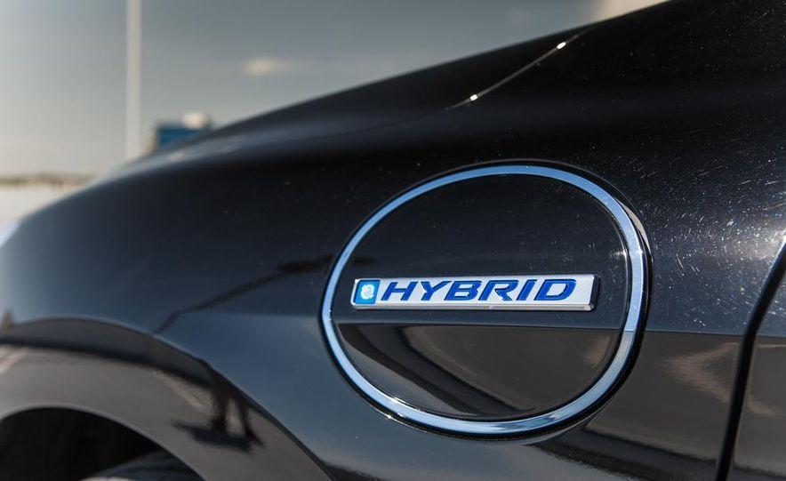 2014 Honda Accord Hybrid - Slide 20