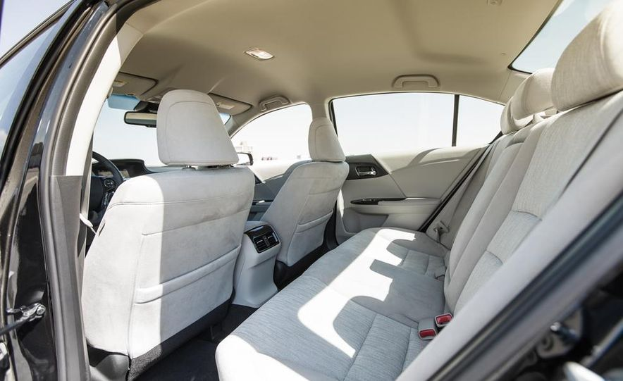 2014 Honda Accord Hybrid - Slide 26