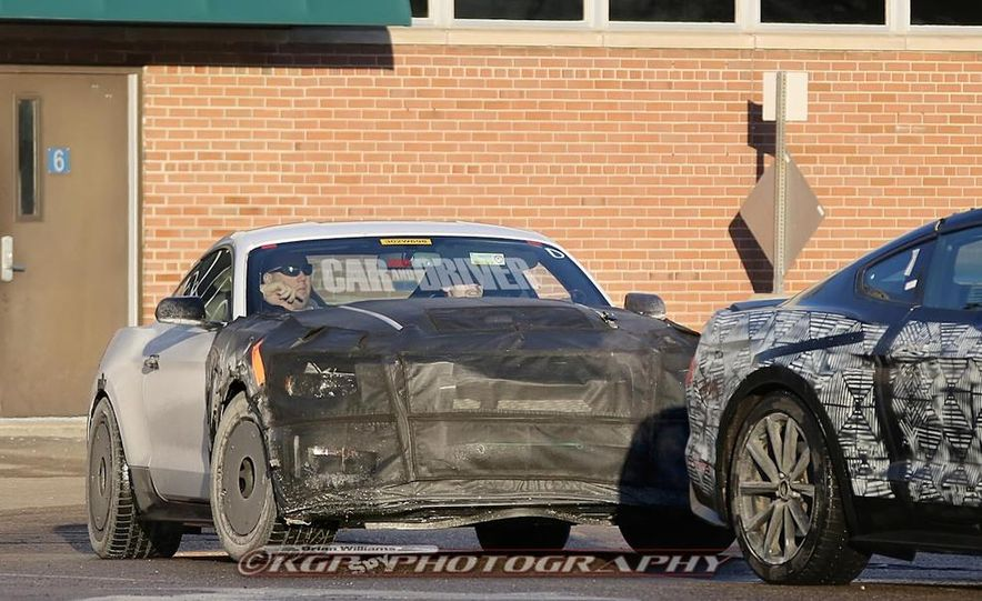 2016 Ford Mustang Shelby GT500 (spy photo) - Slide 1