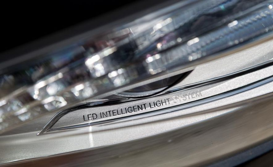 2014 Mercedes-Benz S550 - Slide 18