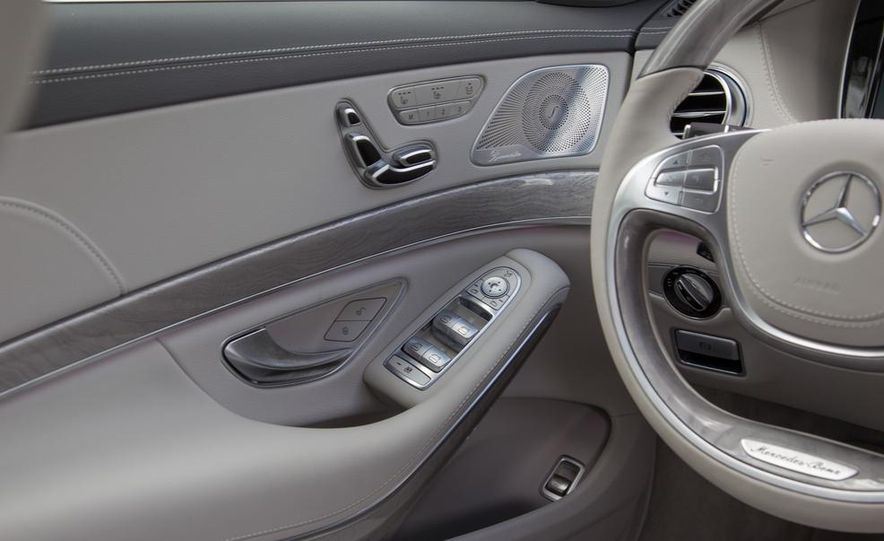 2014 Mercedes-Benz S550 - Slide 24
