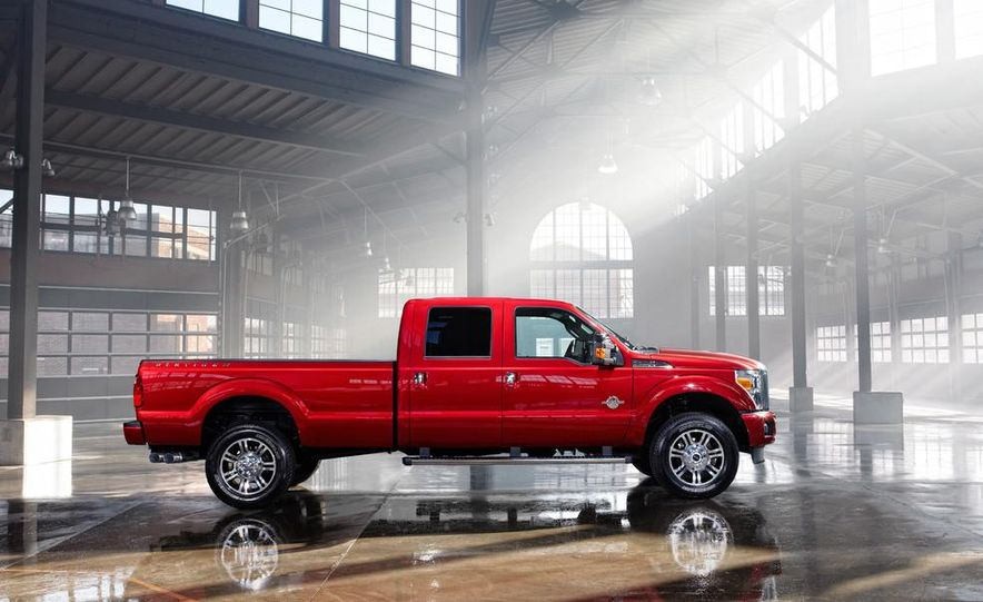 2015 Ford F-250 Super Duty King Ranch Crew Cab - Slide 13