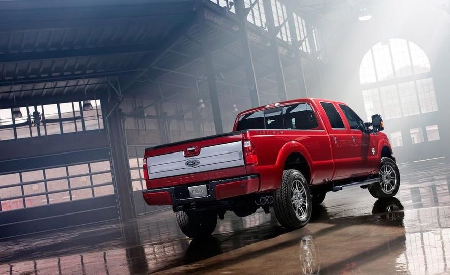 2015 Ford F-250 Super Duty King Ranch Crew Cab - Slide 14
