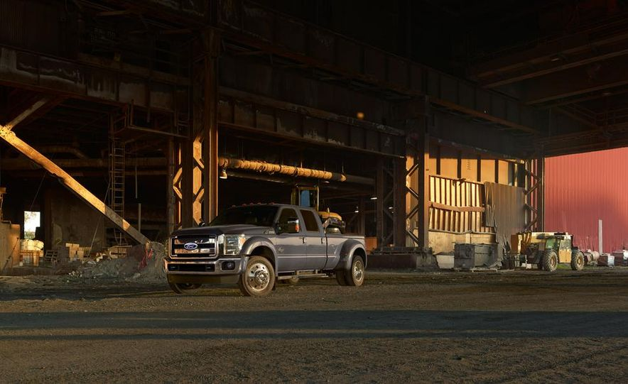 2015 Ford F-250 Super Duty King Ranch Crew Cab - Slide 8