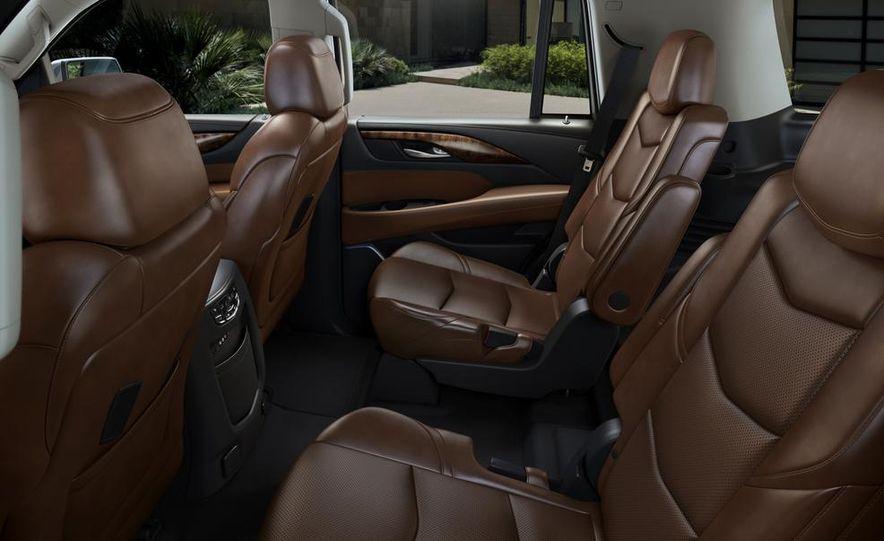 2015 Cadillac Escalade - Slide 7