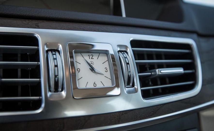2014 Mercedes-Benz E250 BlueTec 4MATIC - Slide 31