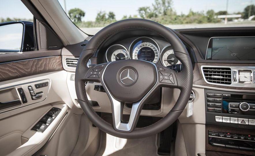2014 Mercedes-Benz E250 BlueTec 4MATIC - Slide 20