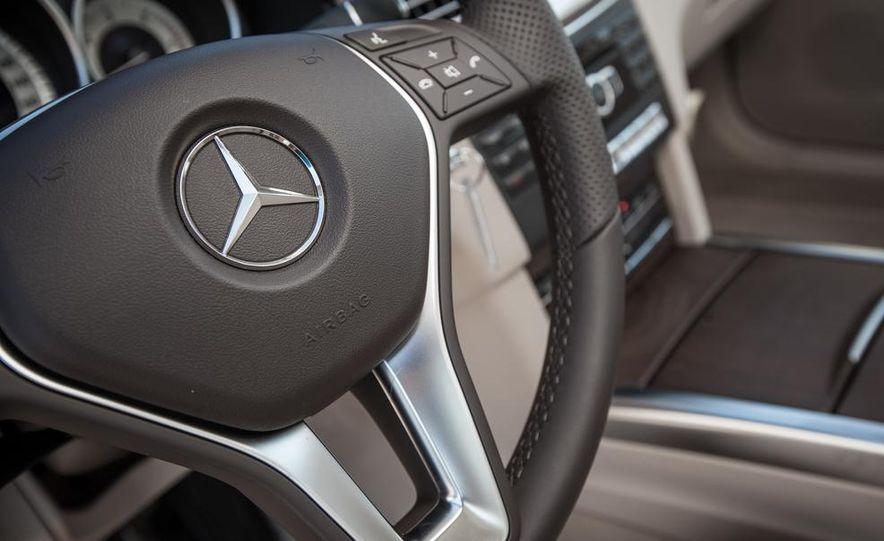 2014 Mercedes-Benz E250 BlueTec 4MATIC - Slide 26