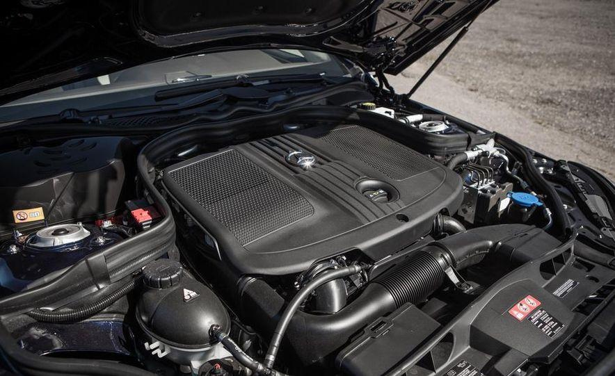 2014 Mercedes-Benz E250 BlueTec 4MATIC - Slide 36