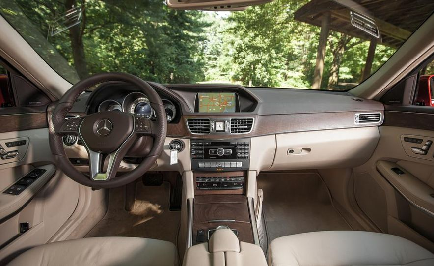 2014 Mercedes-Benz E350 4MATIC wagon - Slide 13