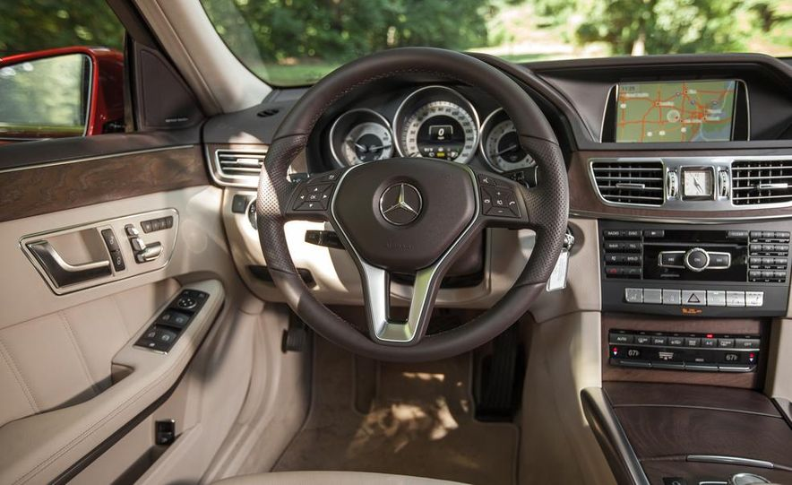 2014 Mercedes-Benz E350 4MATIC wagon - Slide 14