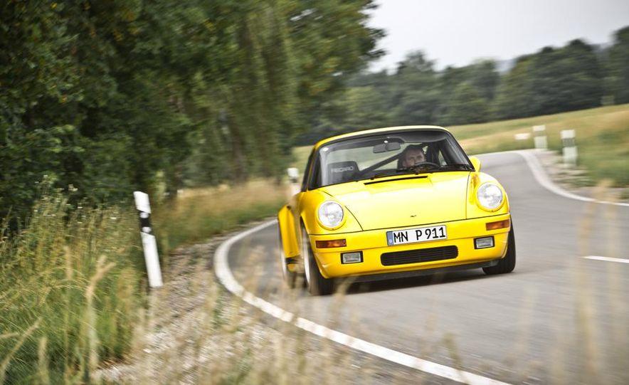 """1987 Ruf CTR """"Yellowbird"""" 911 Turbo - Slide 2"""