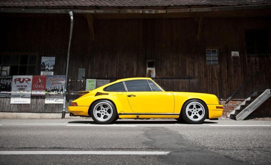 """1987 Ruf CTR """"Yellowbird"""" 911 Turbo - Slide 4"""