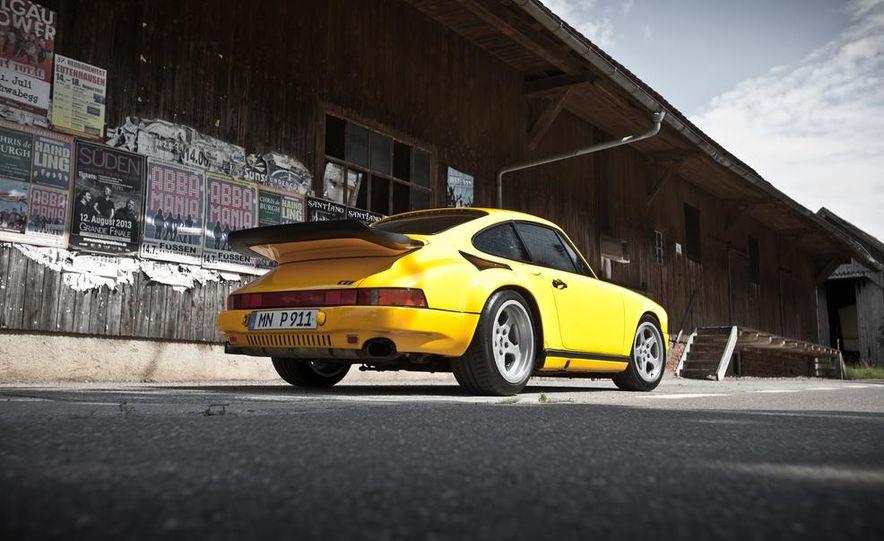 """1987 Ruf CTR """"Yellowbird"""" 911 Turbo - Slide 6"""