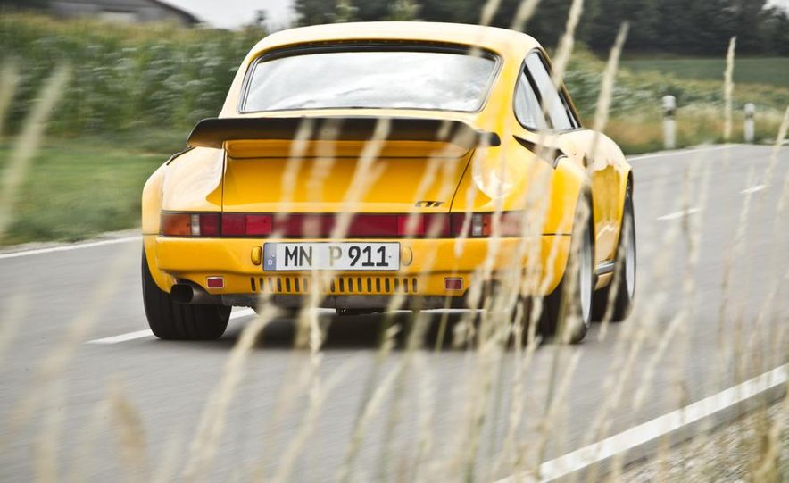 """1987 Ruf CTR """"Yellowbird"""" 911 Turbo - Slide 7"""