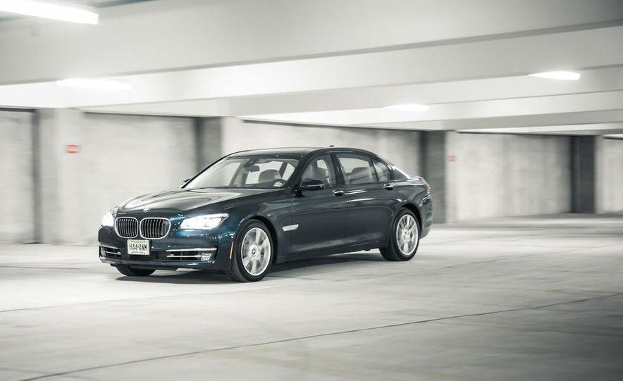 2016 BMW 7-series (spy photo) - Slide 22