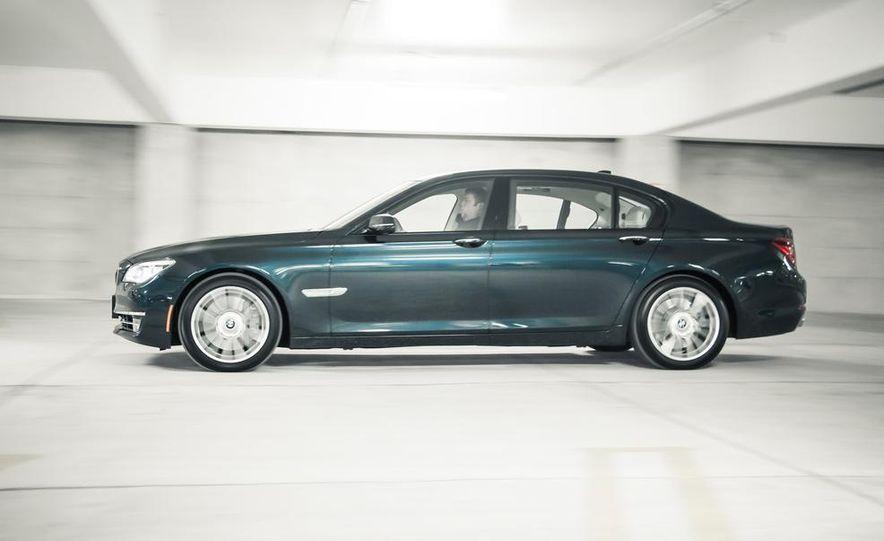 2016 BMW 7-series (spy photo) - Slide 24